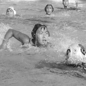 Boys' water polo seeks to improve strategy