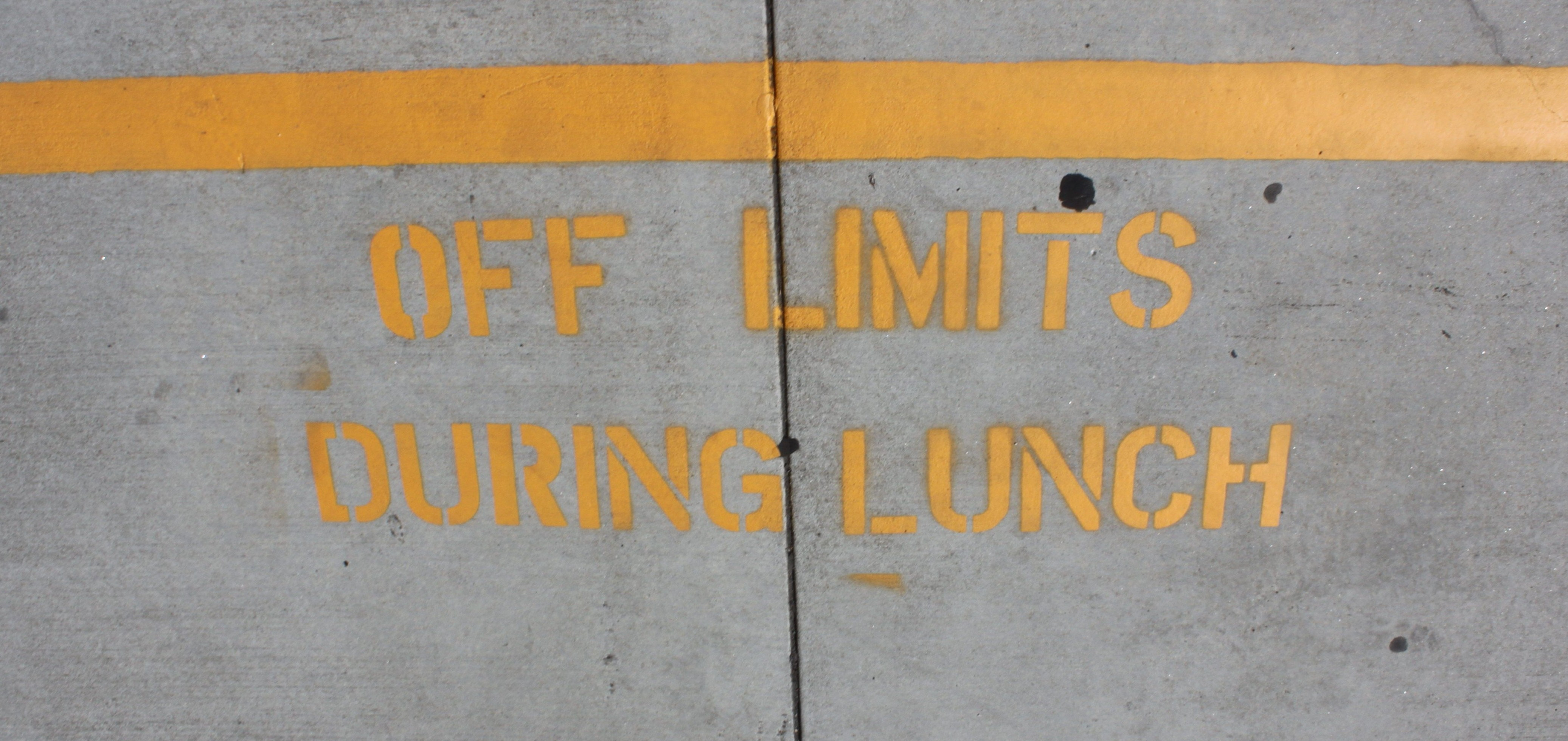 These yellow lines mark the boundaries of where students are permitted to be during lunch. THE AZTEC/VICTORIA RAMIREZ
