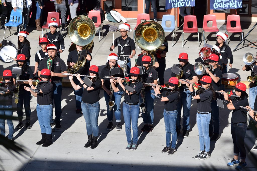 Band performs during winter pep rally. KENNETH LIU/THE AZTECS