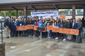 Supporters of Measure LL spreads awareness at Barnes Park. THE AZTECS/JAMIE CHAU