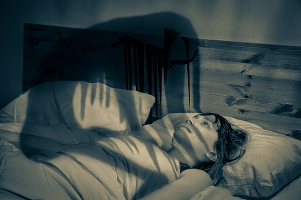An illustration portraying the feeling of sleep paralysis. PHOTO COURTESY TO WORLD-OF-LUCID-DREAMING.COM