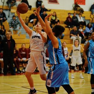 Girls Basketball survives gritty Grizzlies